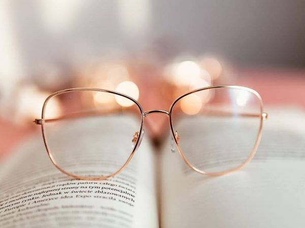 Why Do My Glasses Give Me A Headache – Let's Find Out The Answer