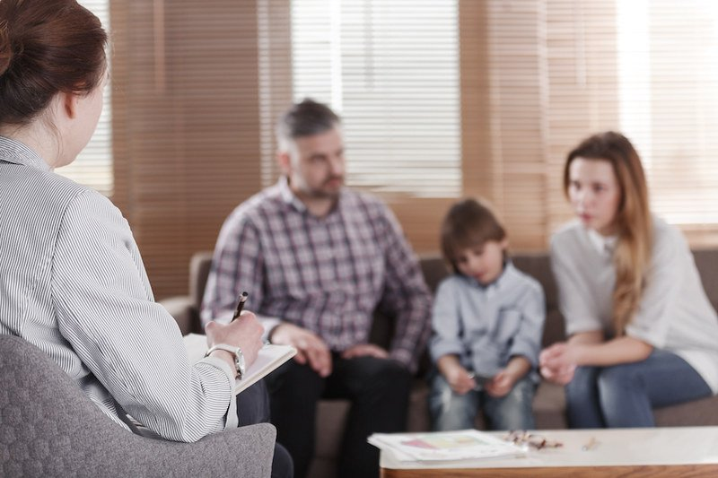 Difference Between Counselor and Therapist-Which Do You Need?