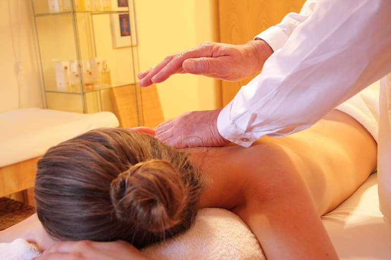 5 Signs You Could Benefit from Chiropractic Adjustments